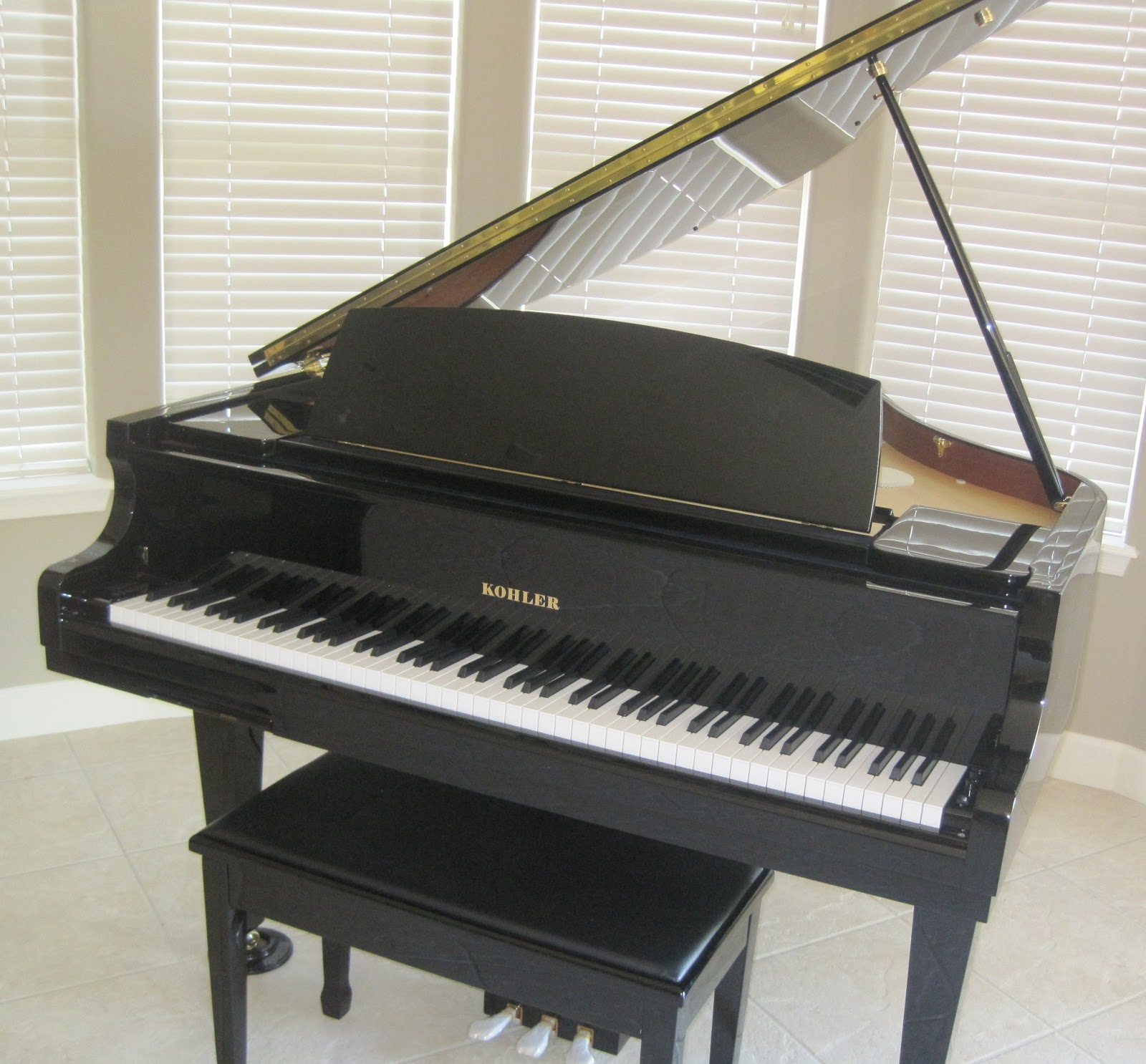 Az piano reviews review kohler kd7 digital baby grand for Size of baby grand piano