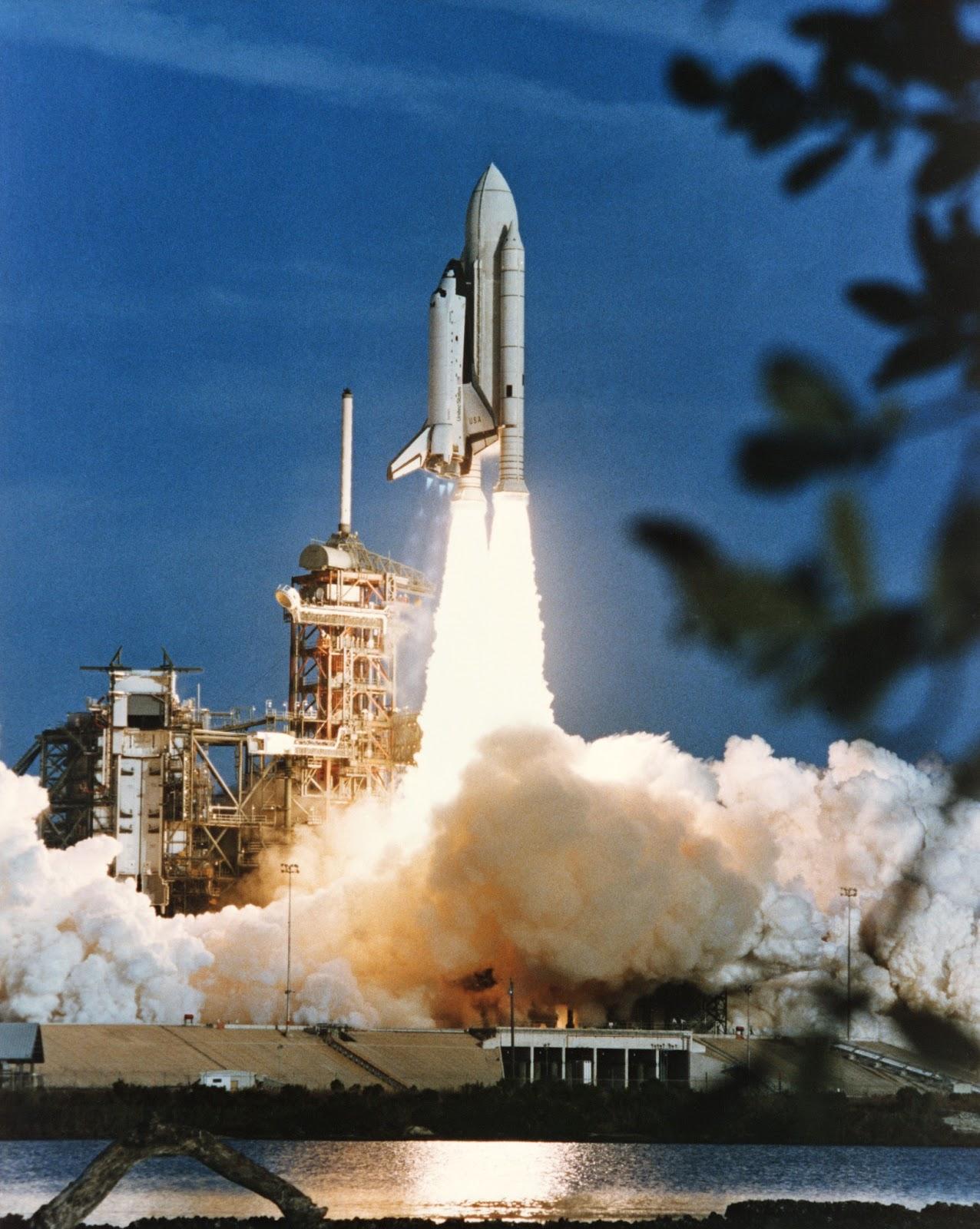 First Shuttle Launch | Earth Blog