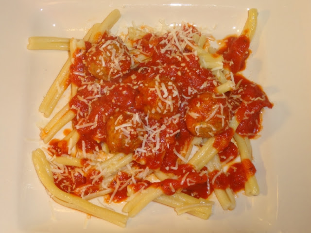 Warm up with Caserecce Pasta & Red Sauce #recipe #simmeredintradition