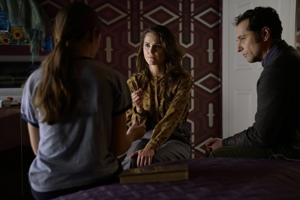 The Americans - Season 5 Episode 02: Pests