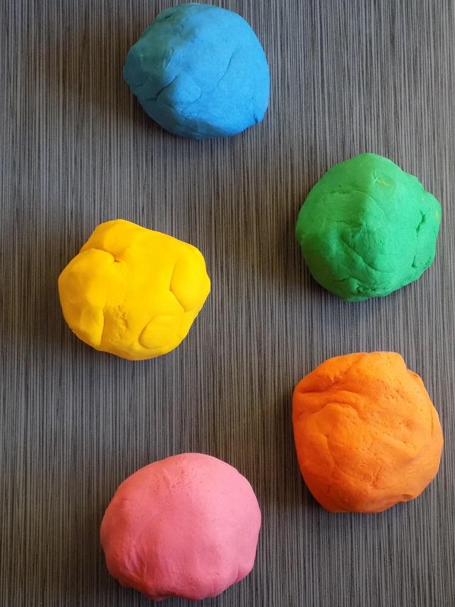 One Savvy Mom ™ | NYC Area Mom Blog: Best Ever Homemade Play Dough ...