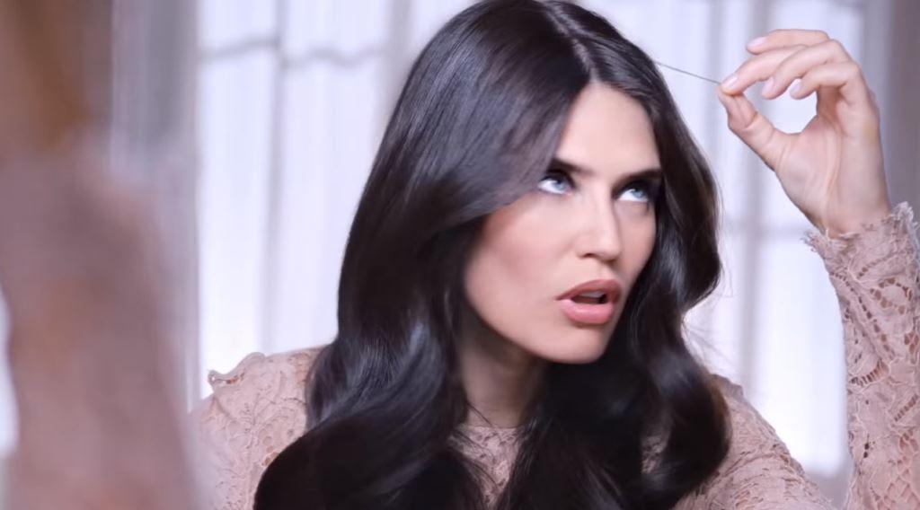 Nome modella L'Oreal Casting Crème Gloss con Foto - Spot Pubblicitario 2016