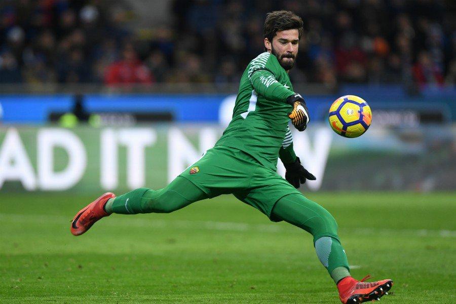 Alisson: Pergi dari AS Roma demi Liverpool Buat Aku Menangis