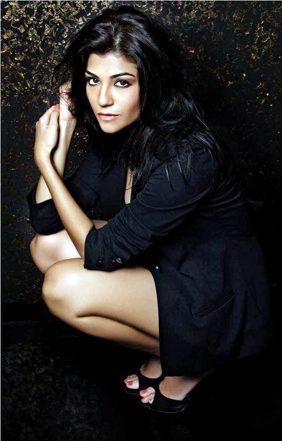 VJ Archana Vijaya @ IPL Season 4 2011 Host Anchor Latest