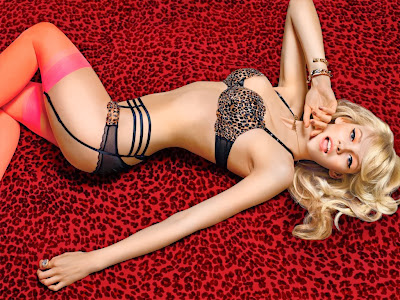 Gint lapina lingerie photos