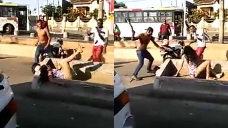Polícia prende 3 por espancar travesti e irmã no Rio de Janeiro; vídeo