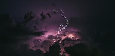 piorun, burza z piorunami, Zeus, Indra, Odyn, Dzeus, Perun