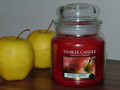 Yankee Candle, świeca Sweet Apple