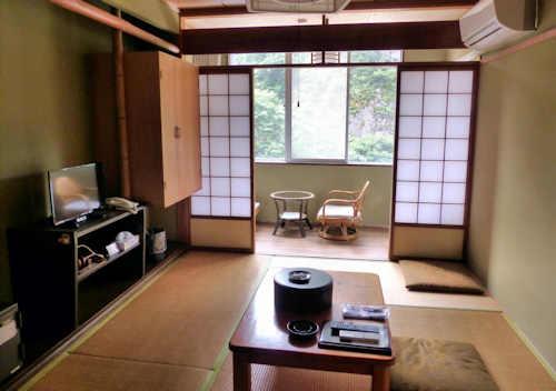 Furuiwaya-so, Kumakogen.