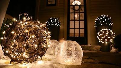 Decoraciones iluminadas navideñas