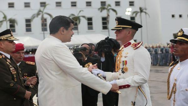 Presidente Maduro insta a robustecer poder militar de Venezuela