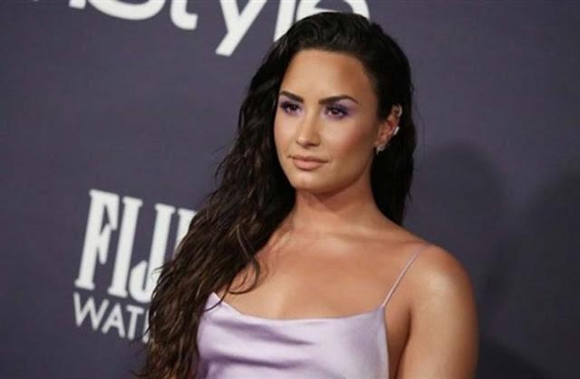 ديمي- لوفاتو-Demi-Lovato
