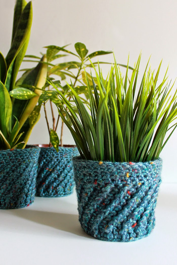 The Inspired Wren Couch Craft Spiral Crochet Planter