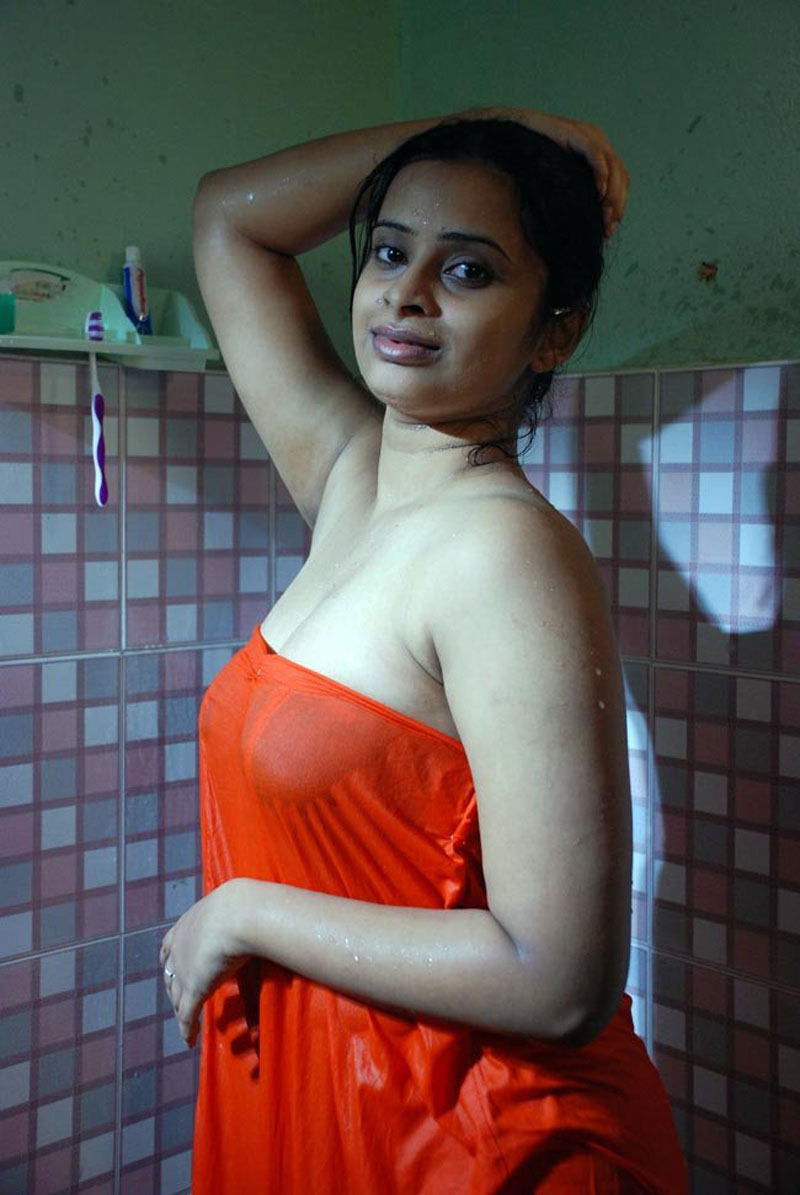odia ladies bathing sexy video