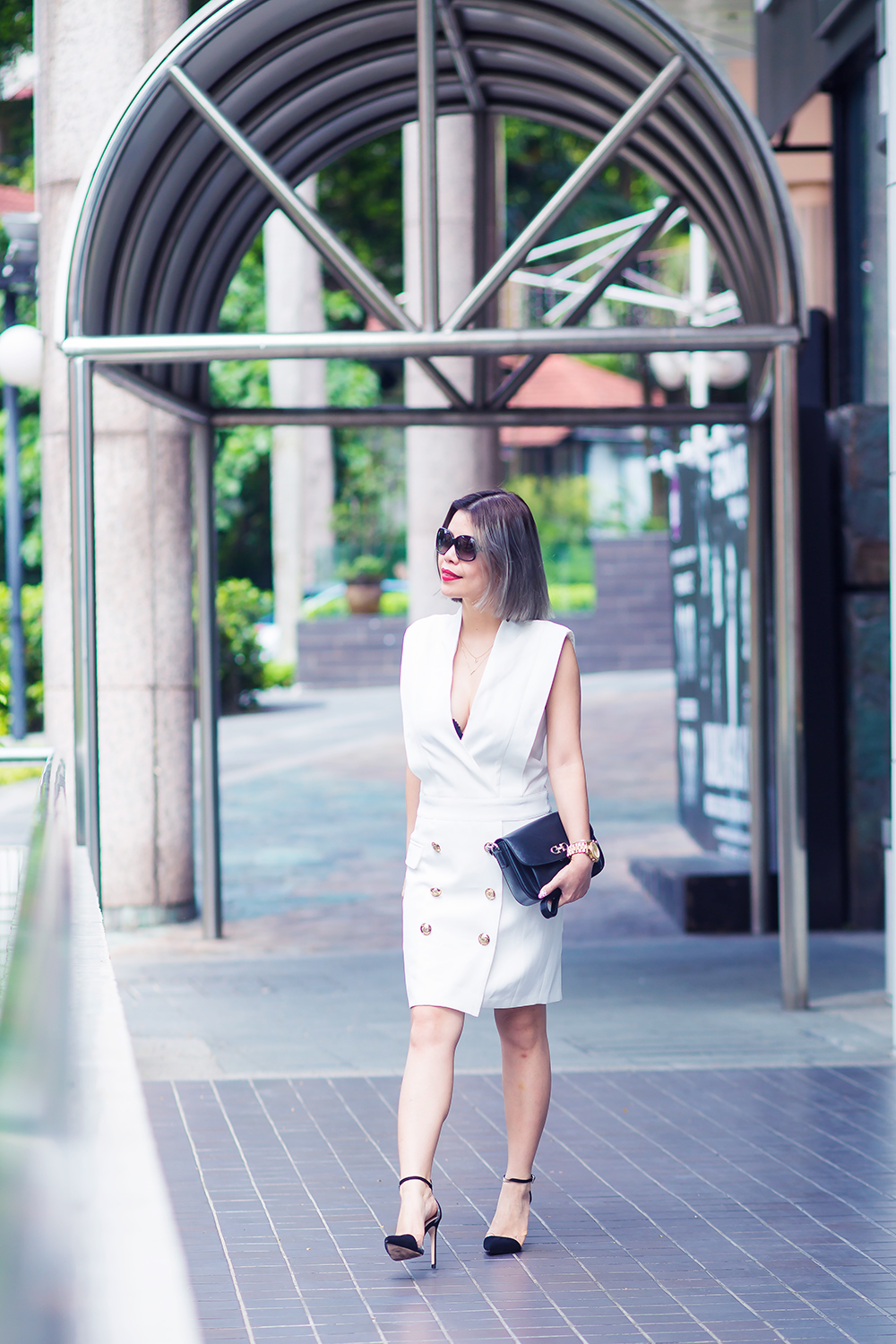 Crystal Phuong- Revolve Clothing- Total contrast in Black and White