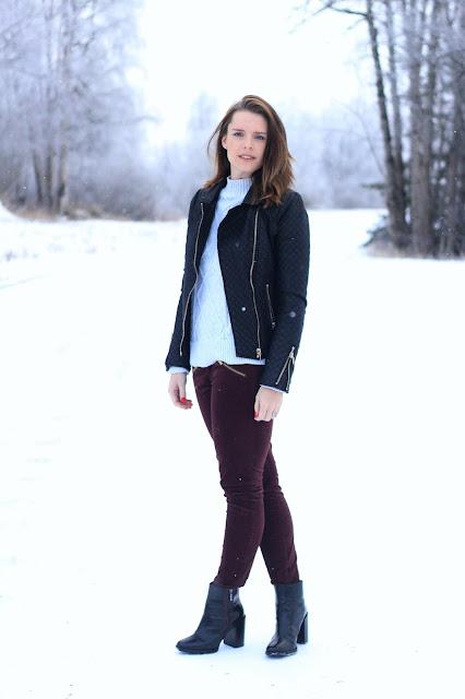 Gap velvet pants