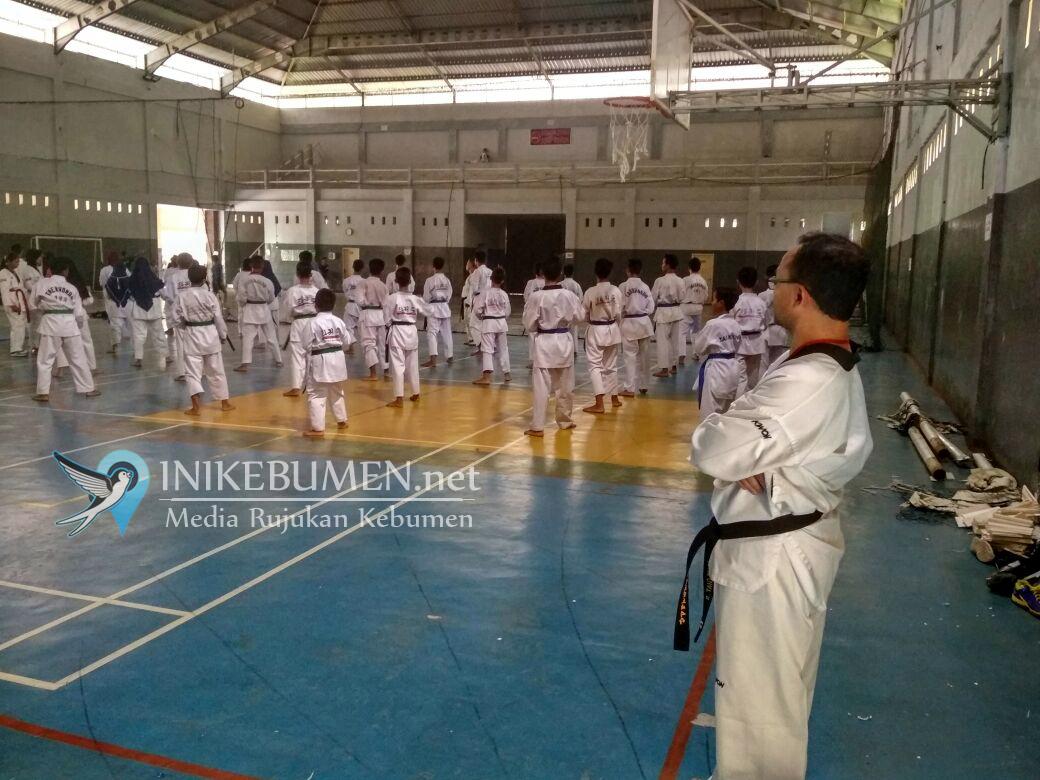 Ratusan Siswa Taekwondo Kebumen Ikuti Ujian Kenaikan Tingkat