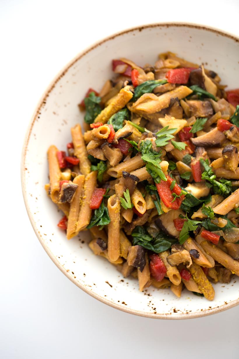 Restaurant-Style Skillet Pasta with Veggies