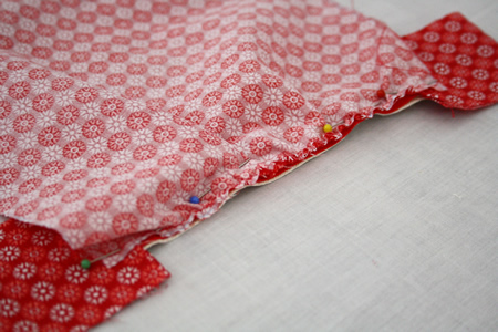 Easy zipper pouch sewing