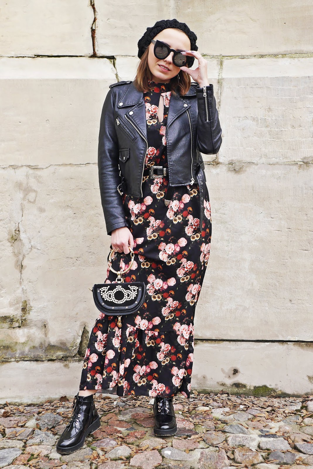10_floral_print_dress_rock_boots_biker_jacket_outfit_look_karyn_fashion_blogger_280219