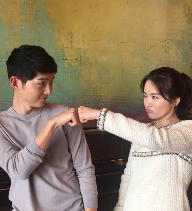 Song Joong Ki, Song Hye Kyo, Song Hye Kyo Instagram, SongSong Couple, Song Joong Ki and Song Hye Kyo dating, 송혜교, 송중기, 송중기