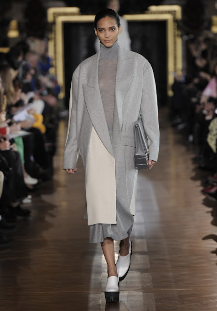 OVERSIZED COAT BY STELLA MCCARTNEY