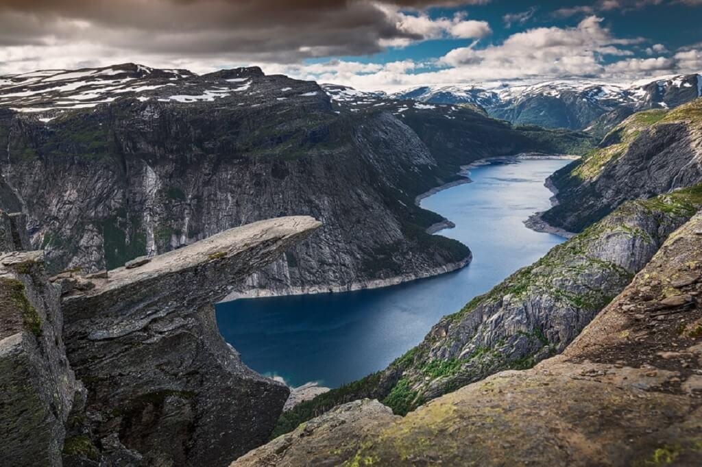 5 Lokasi Paling Berbahaya Di Dunia Tetapi Menjadi Lokasi Pelancongan Menarik