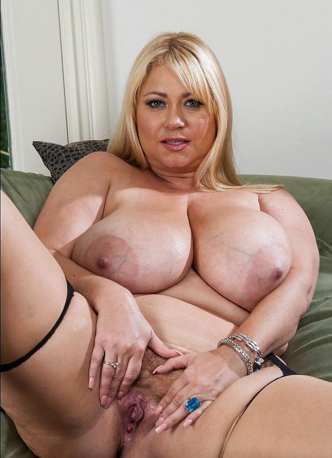 Alyssa milano naked free pics