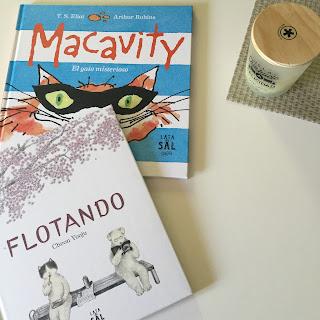 """flotando macavity lata de sal lo que leo"""