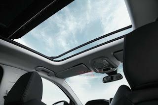 Cửa sổ trời Peugeot 5008 7 chỗ