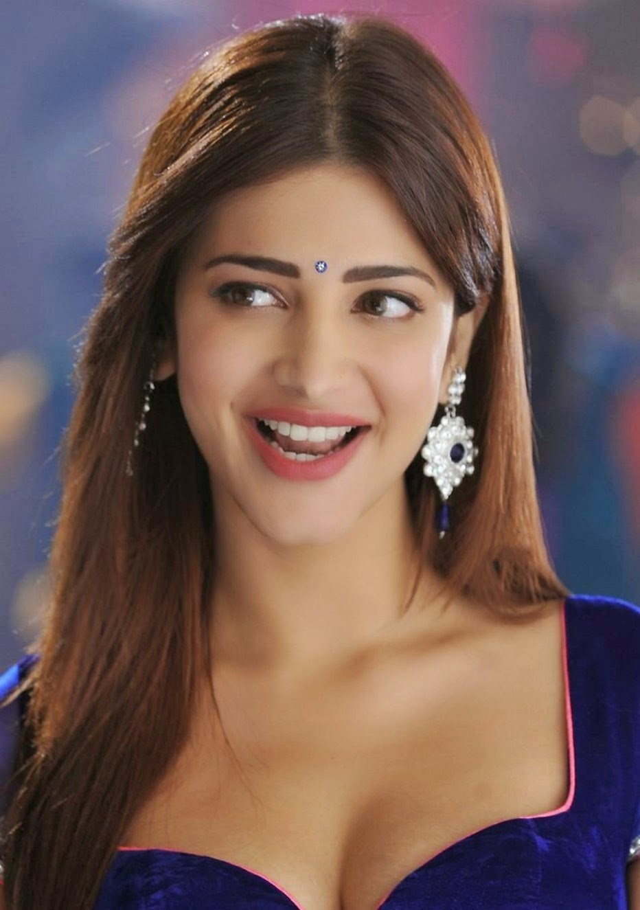 Shruti Haasan Latest Hot Navel And Milky Cleavage Show -9234
