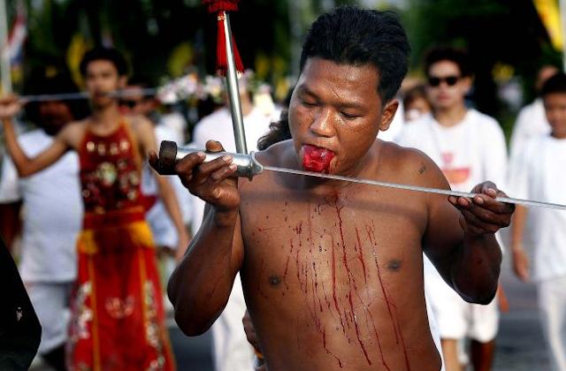 Вегетарианцы - экстремалы в Таиланде