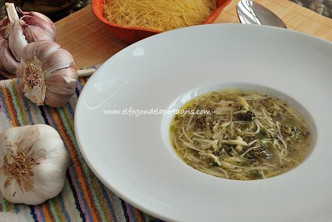 Sopa de Brócoli con fideos estilo Cadiz