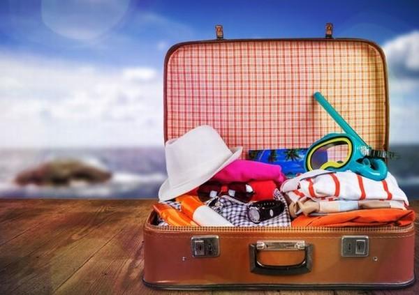 Τι δεν πρέπει να βάλετε στη βαλίτσα των καλοκαιρινών σας διακοπών...