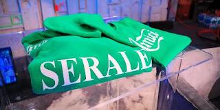 foto maglia verde serale amici
