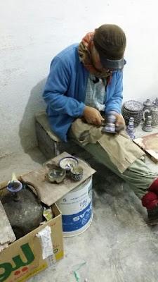 Proceso de aplicación del estaño a la cerámica