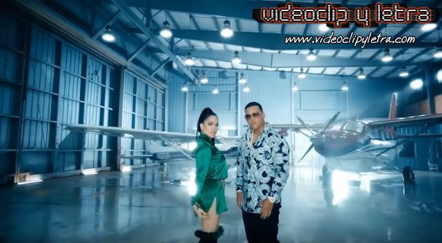 Natti Natasha feat Daddy Yankee - Buena vida