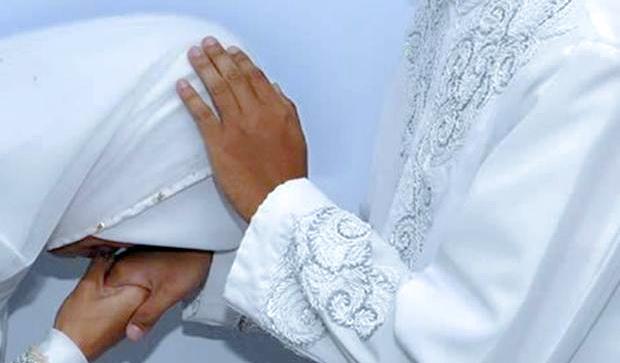 Dinikahi Setelah Dihamili, Setelah Nikah Ditalak Tiga, Bagaimana Ini Ustadz?