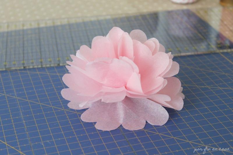 Como Hacer Flores Y Pompones De Papel De Seda Por Fin En Casa