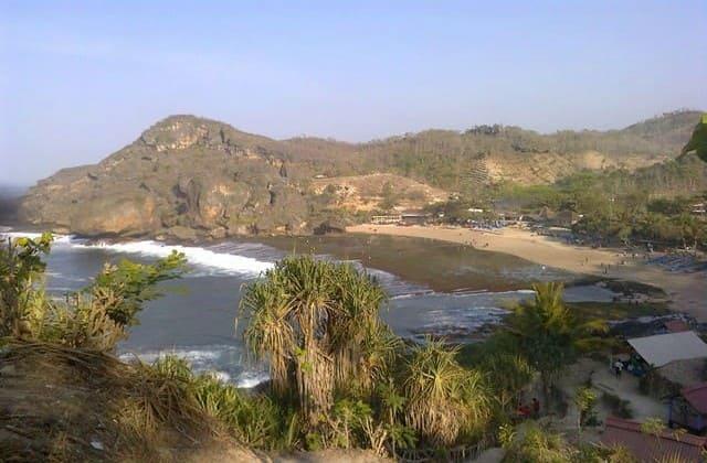 Pantai Siung, Lokasi Favorit Pemanjat Tebing