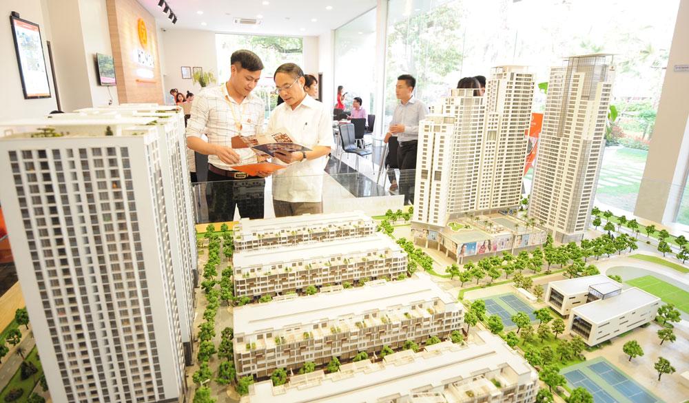 Giao dịch bất động sản tăng nhẹ tại Hà Nội và Thành phố Hồ Chí Minh