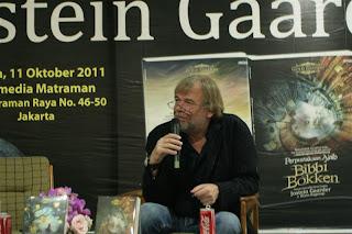 Jumpa Lebih Dekat dengan Jostein Gaarder