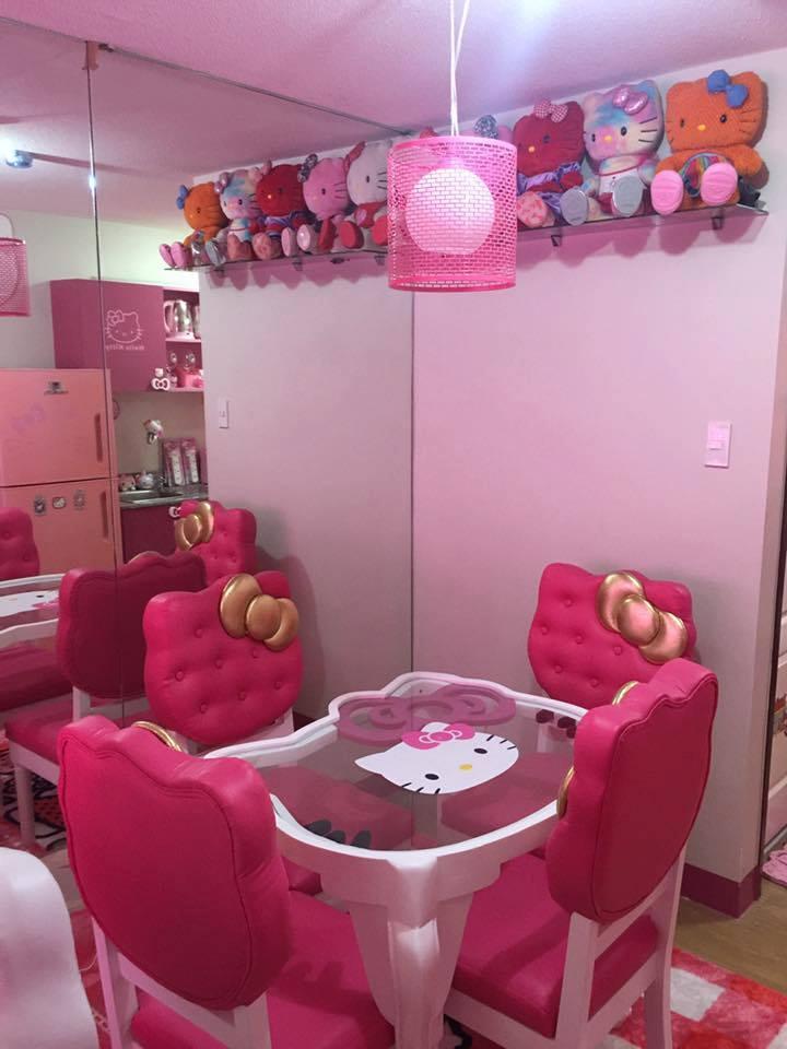 Gambar Sofa Ruang Tamu Hello Kitty  dekorasi ruang tamu hello kitty desain kamar rumah minimalis