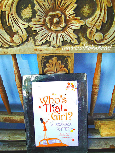 Who's that Girl? by Alexandra Potter | A Book Review by iamnotabookworm!
