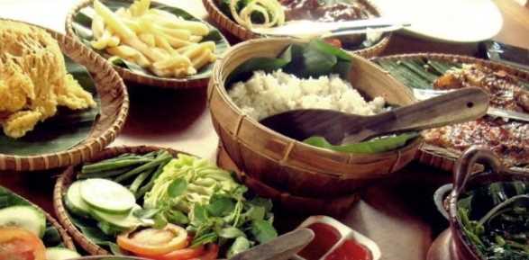 13 Wisata Kuliner Di Bogor Yang Populer Kuliner Populer