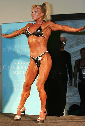 Τούλα Νομικού - Ελληνίδα Bodybuilder.