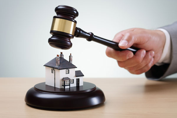 The importance of real estate lawyers for home buyers