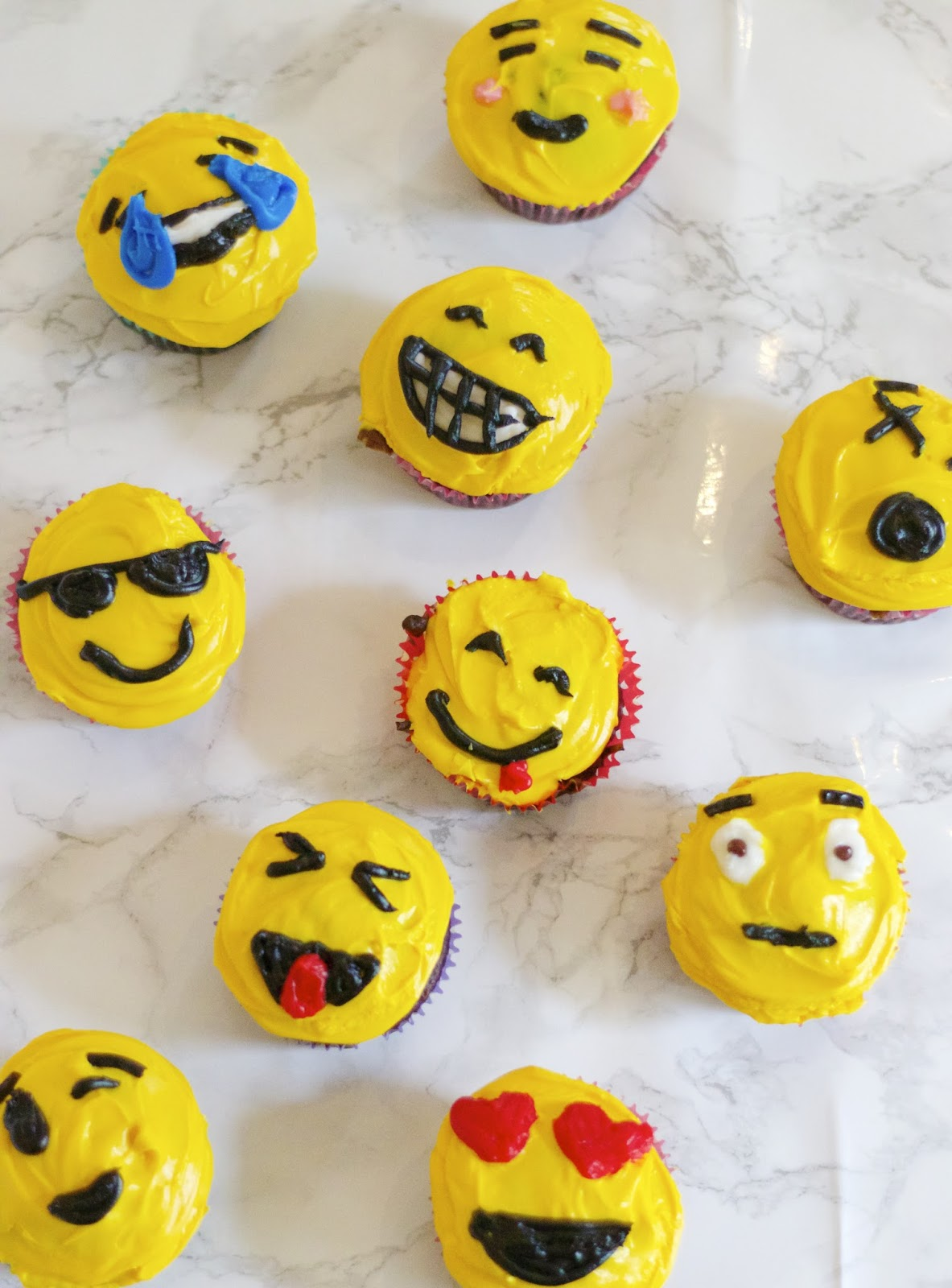 The Sweet and Chic Prep: Emoji Cupcakes