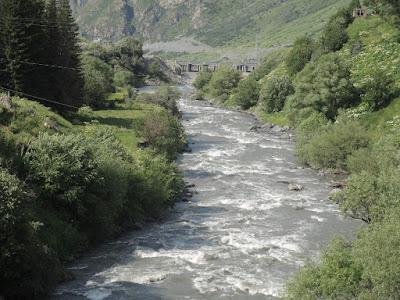 река Терек, Грузия #georgia georgia.jpg. степанцминда, Казбеги, Казбек, горы, Тбилиси, Мцхета, Ананури, путешествия, мы путешествуем, самостоятельные путешествия, что посмотреть в Грузии