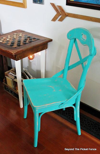 farmhouse chair, thrift store find, chair, fusion mineral paint, https://goo.gl/Jlx9EA